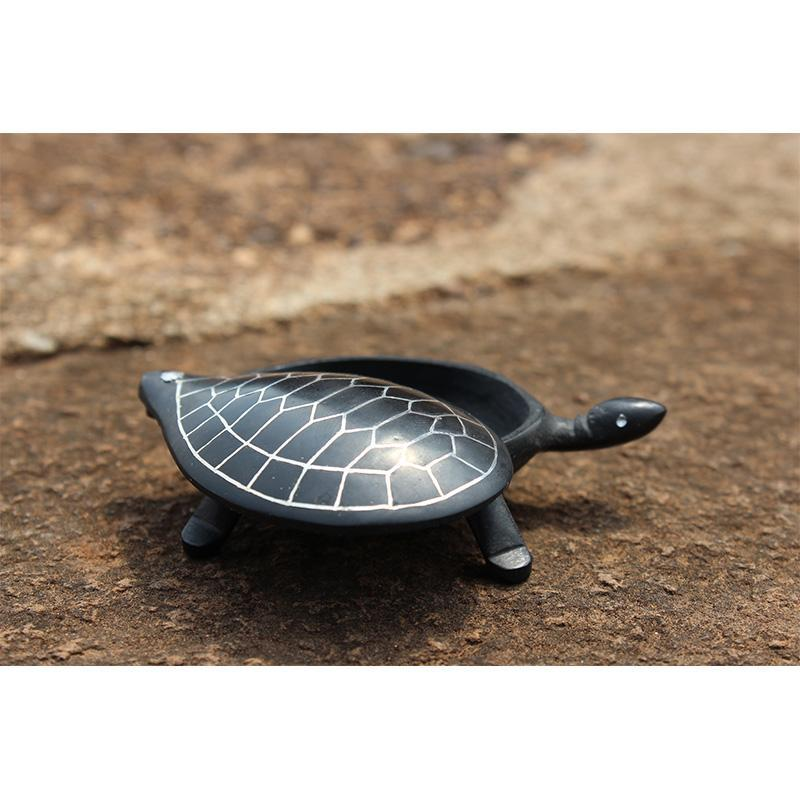 Bidri Fulzadi Tortoise-Shaped Box