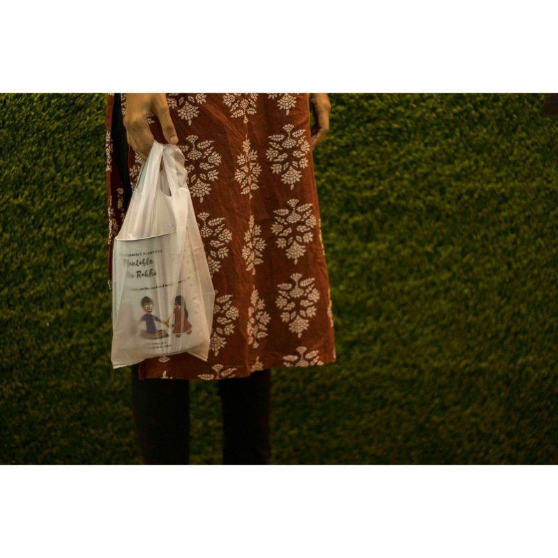 Biodegradable W-Cut Shopping Bag