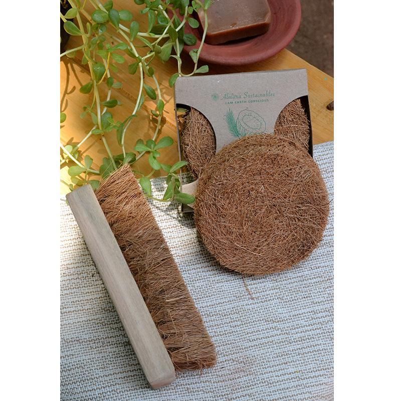 Coconut Coir Scrubber & Laundry Brush