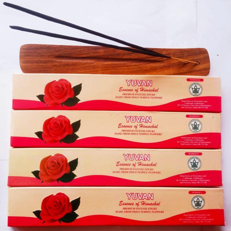 Hand-Rolled Incense Sticks