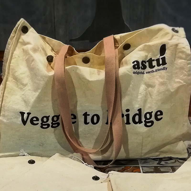 Silver Fir Veggie-To-Fridgie Bag with 8 Detachable Pockets